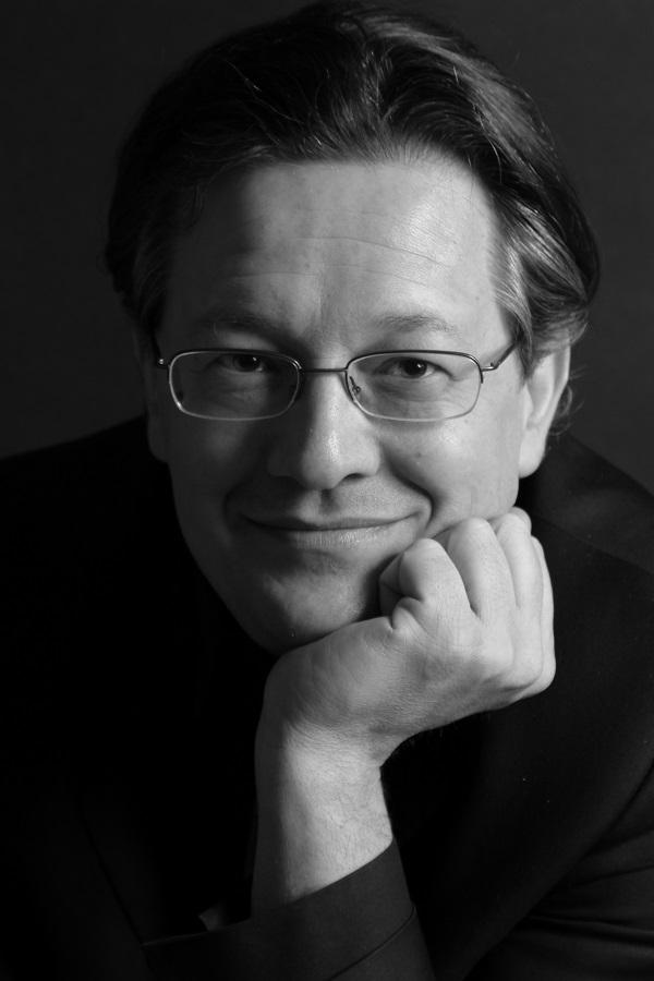 Giuseppe Nova, direttore artistico