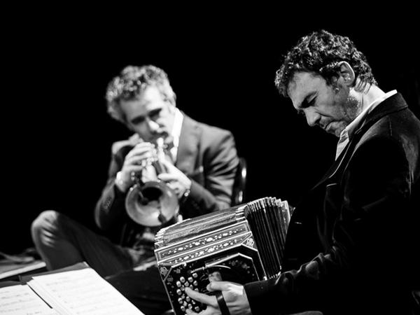 Daniele di Bonaventura e Paolo Fresu (foto Andrea Rotili)